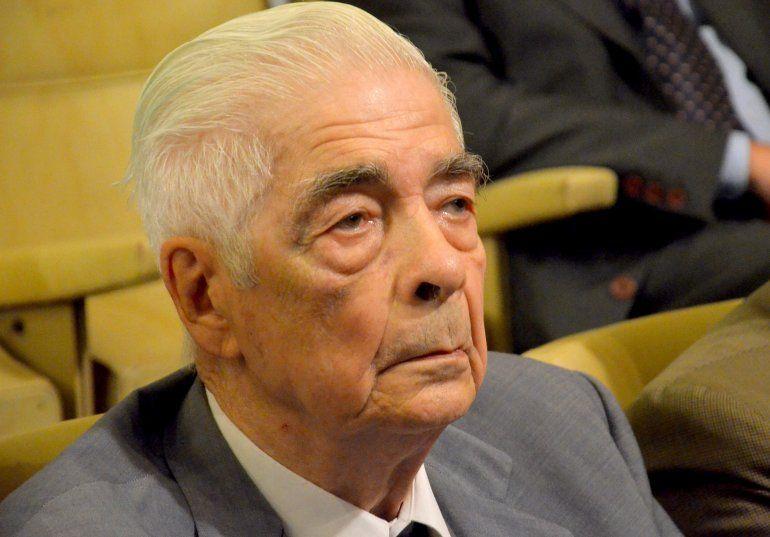 Murió el represor Luciano Benjamín Menéndez a los 90 años