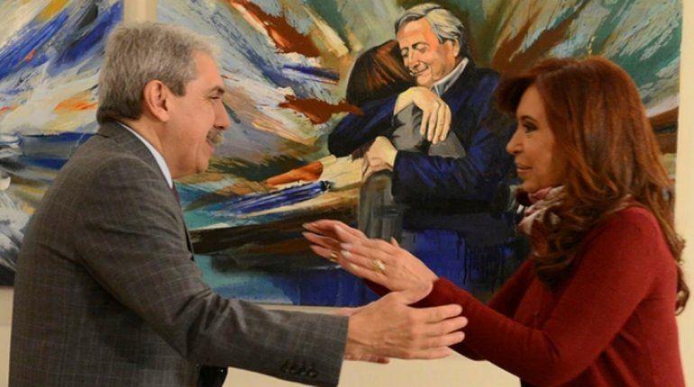 Aníbal Fernández está furioso porque Cristina Kirchner no lo llama