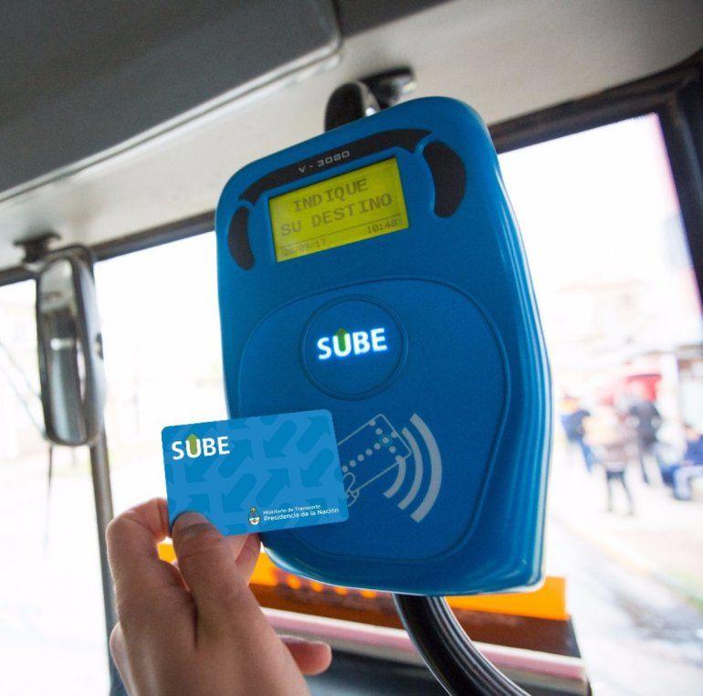 Lanzan una aplicación para controlar los descuentos por el uso de la red SUBE