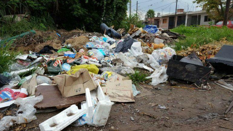 Basural a cielo abierto en Alto Comedero, un foco infeccioso que pone en riesgo a los vecinos del barrio