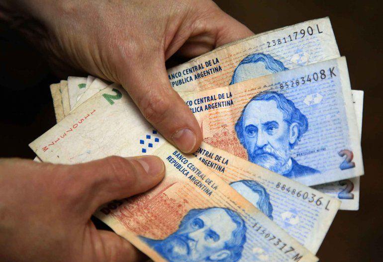 El billete de $2 dejará de circular y podrá cambiarse en todos los bancos