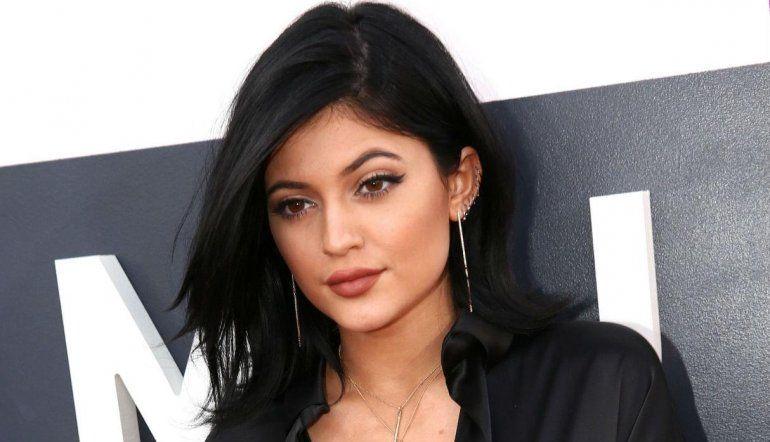 Kylie Jenner mostró su físico a un mes de haber dado a luz