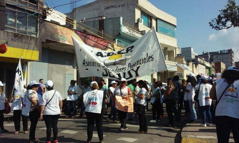 Docentes adhieren al Paro Internacional de Mujeres del jueves: será sin asistencia a los lugares de trabajo