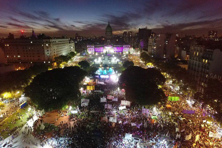 El 8M se sintió fuerte en Buenos Aires: más de 300 mil personas colmaron las calles