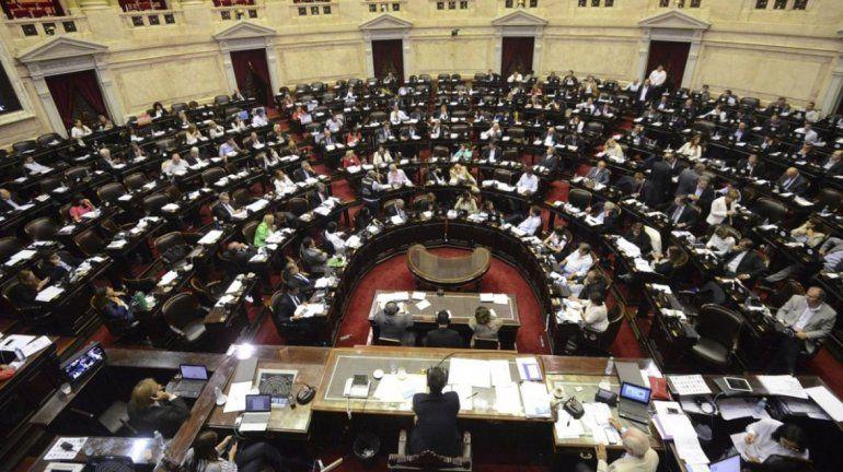 La ley de equidad de género ya está en Diputados: nuevo esquema de licencias y cambios en los sindicatos
