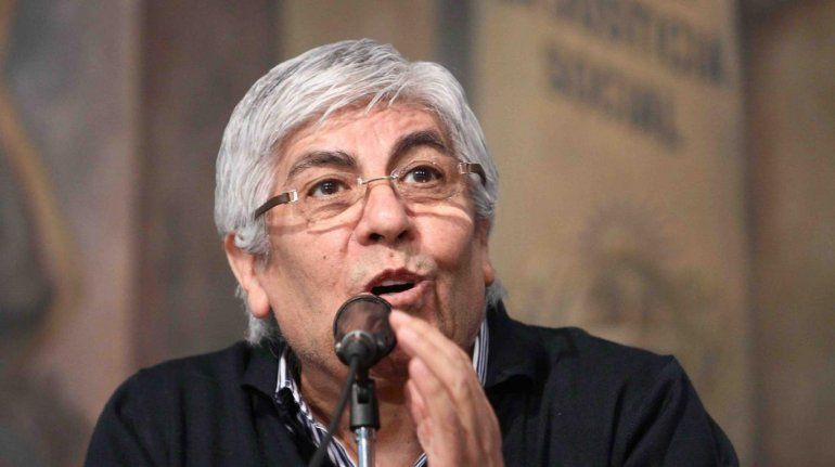 Hugo Moyano no descarta un paro si detienen a su hijo