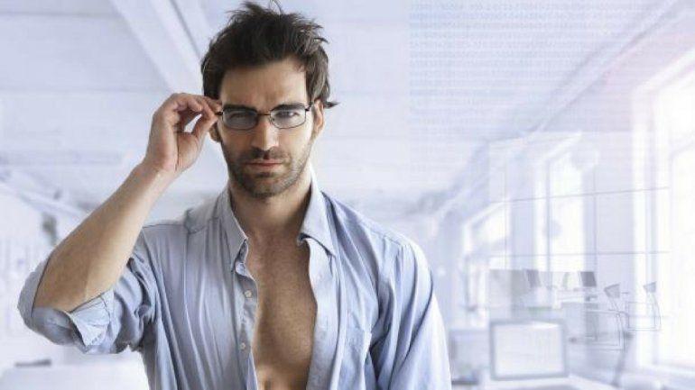 Un estudio afirma que los más atractivos no son buenos para las relaciones estables