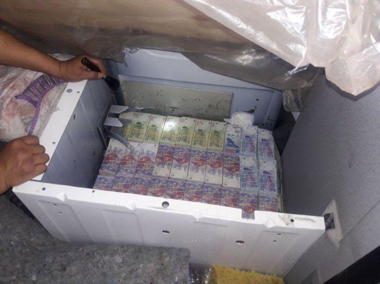 Tartagal: decomisan más de un millón de pesos escondidos en un camión