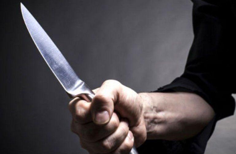 Otro intento de femicidio: atacó a su pareja con un cuchillo