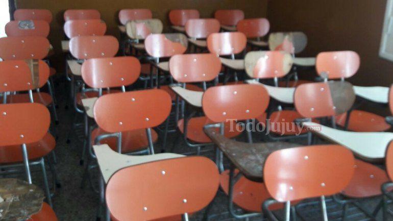 Educación convocó a los alumnos de los CEIJA para reubicarlos en colegios estatales