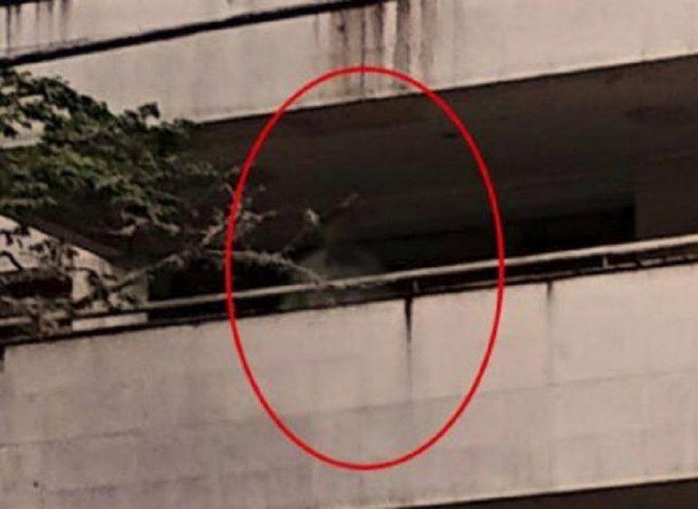 En las últimas horas se hizo viral la imagen del supuesto fantasma de Pablo Escobar