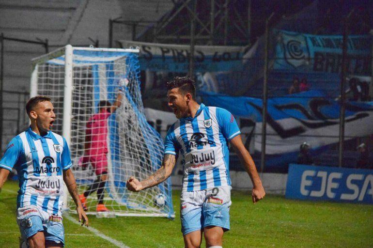 Mauricio Asenjo: Hoy jugamos un partido clave, demasiado importante