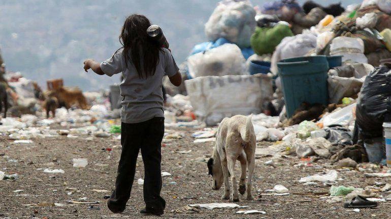 Más de la mitad de los chicos son pobres en Argentina y es récord en la última década