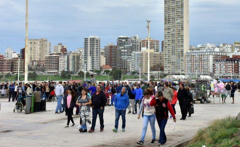 Más de 2.170.000 turistas en Semana Santa, un 27,1% más que en 2017