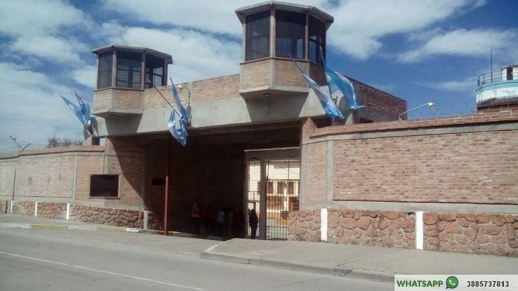 Un preso acusado de robo se habría ahorcado en su celda del penal de Gorriti