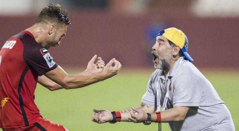 El Al Fujairha de Maradona venció a Al Arabi y se acerca al ascenso