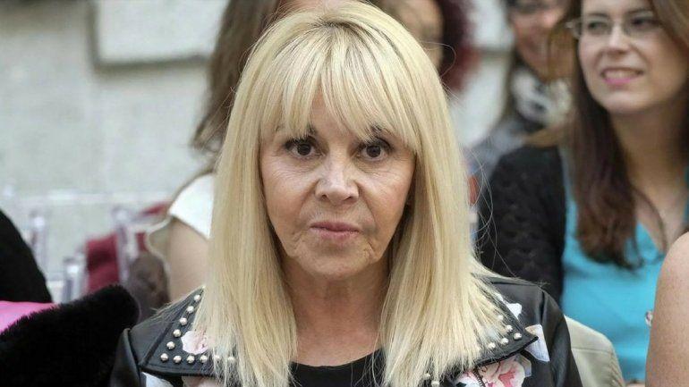 Claudia Villafañe no se calló nada tras la ausencia de Diego en la boda de su hija Dalma
