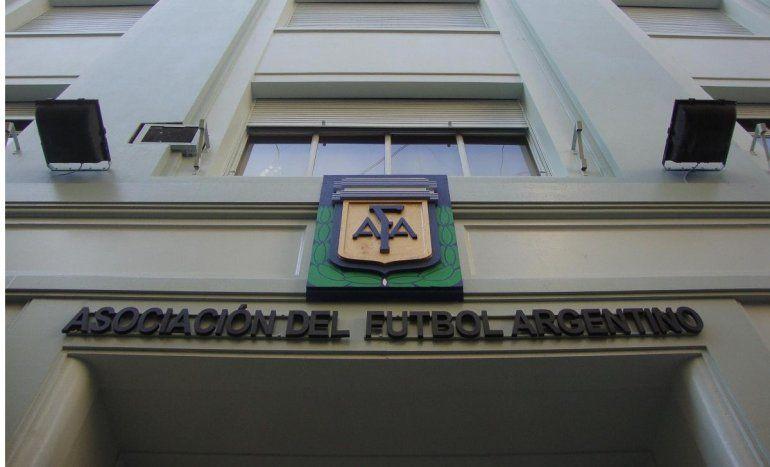 Denuncias por abusos: la AFA prometió crear una secretaría de contención para menores