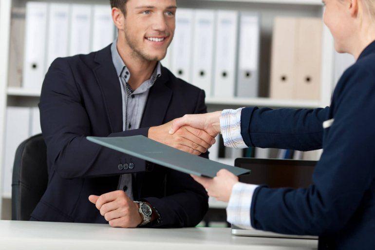 ¿Estás buscando trabajo? Mirá estos consejos para hacer un buen currículum vitae