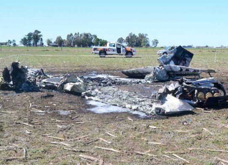 Cinco muertos al estrellarse una avioneta en un campo de La Pampa