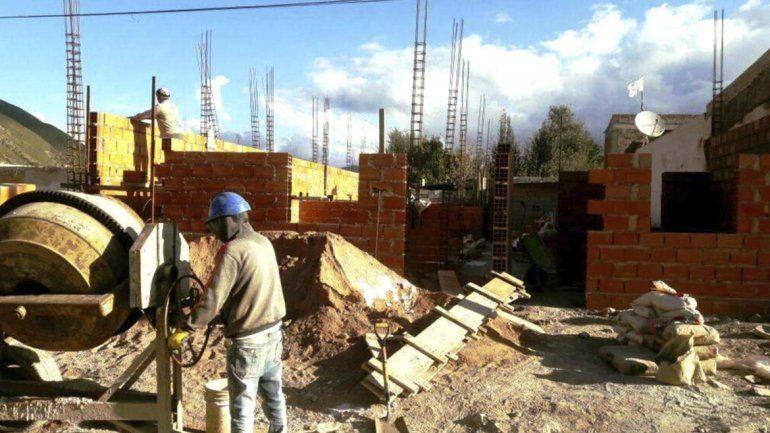 Comienza la reconstrucción de viviendas que fueron afectadas por el alud
