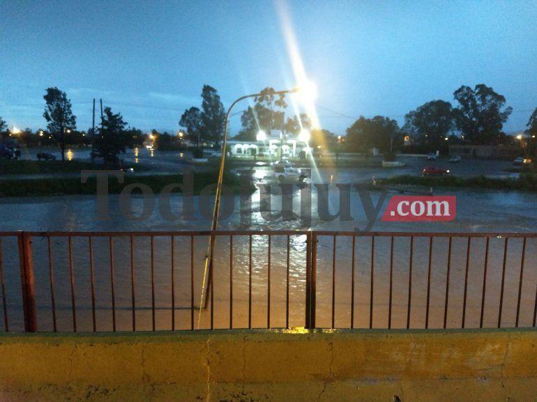 Más de 70 evacuados por las intensas lluvias en toda la provincia