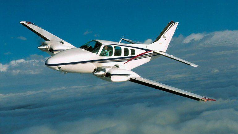 Un pequeño avión con cuatro tripulantes se estrelló en Tucumán