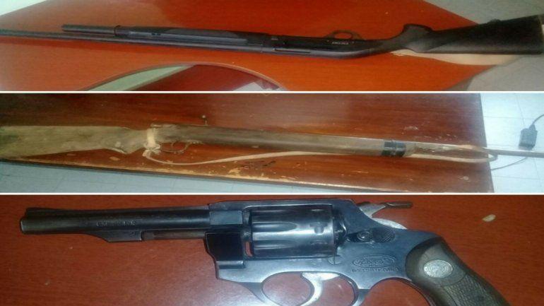 Armado hasta los dientes: secuestraron varias armas en un control policial