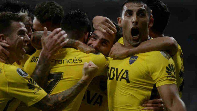 Carlos Tevez le dio a Boca un agónico y valioso empate en Brasil