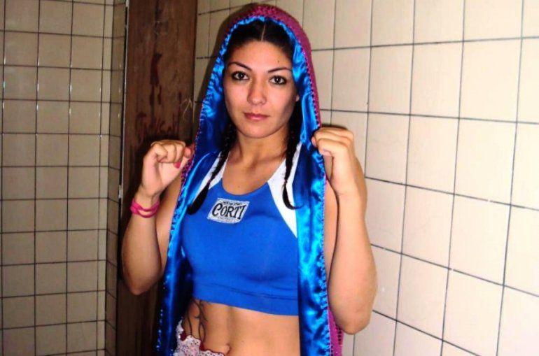 Rival confirmada para la primera defensa del titulo Latino de la Pumita Carabajal