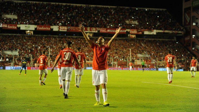 Independiente golpeó a Boca, que sigue líder pero sufre