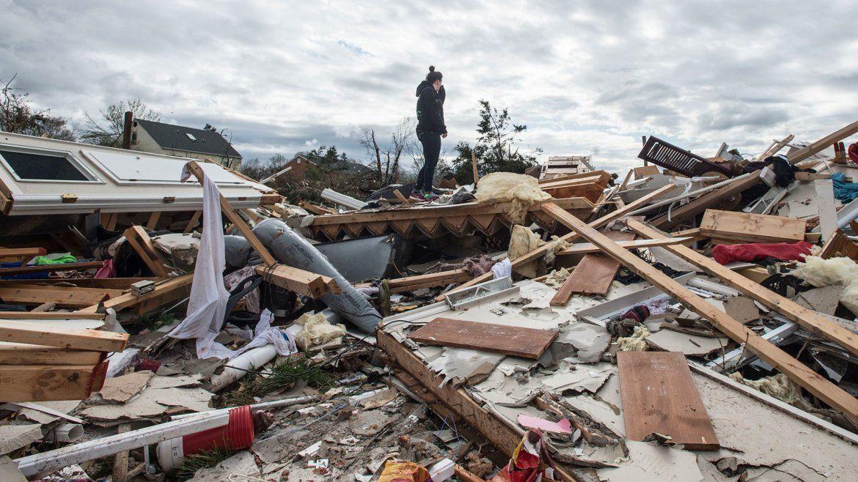 Impactantes imágenes de la devastación que dejó un tornado en Estados Unidos