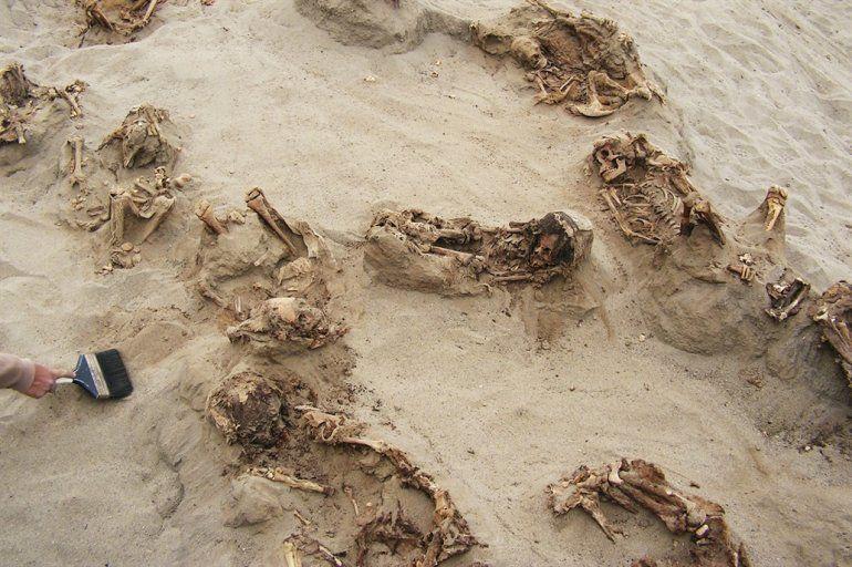 Perú: encontraron rastros del mayor sacrificio humano de chicos de la historia