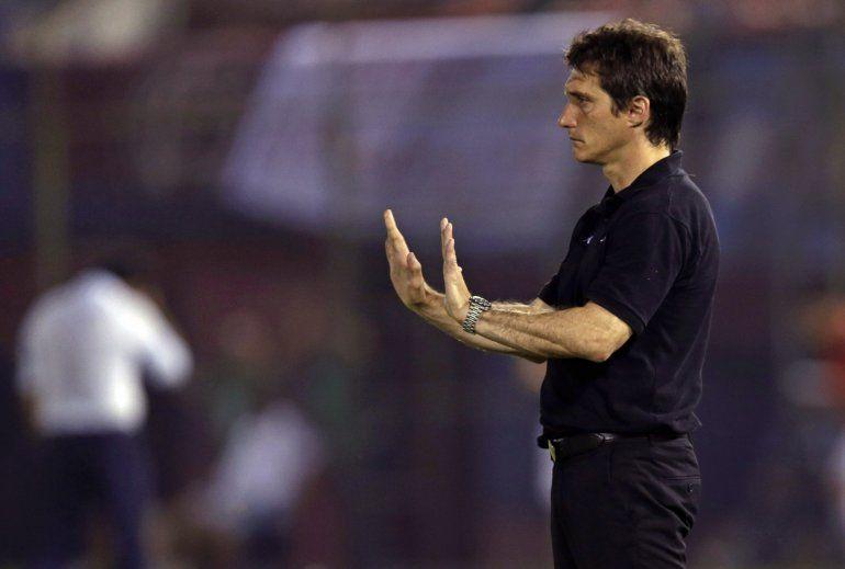 Guillermo Barros Schelottose desvinculó de Boca