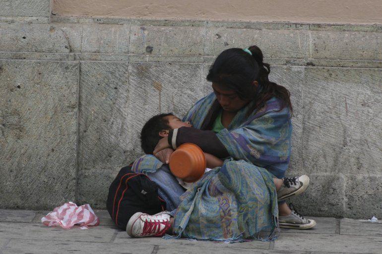 Según un informe de la UCA, la pobreza llegó al 35% y la indigencia al 7%