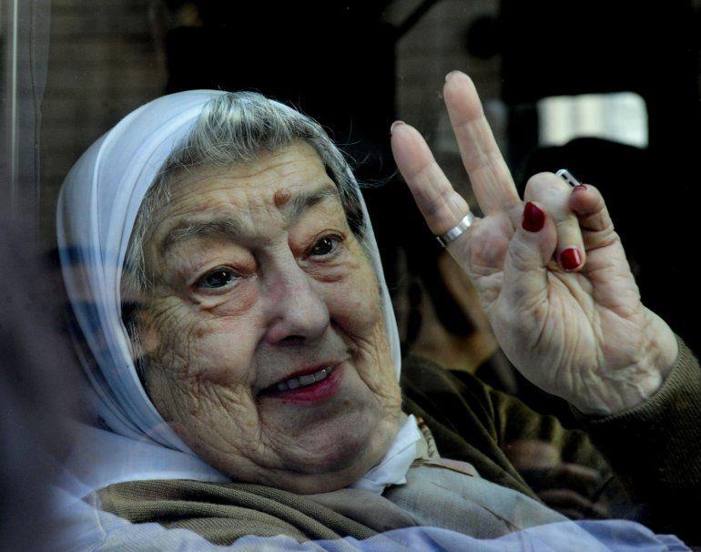 Allanamiento en la sede de Madres provoca el enojo de Hebe De Bonafini