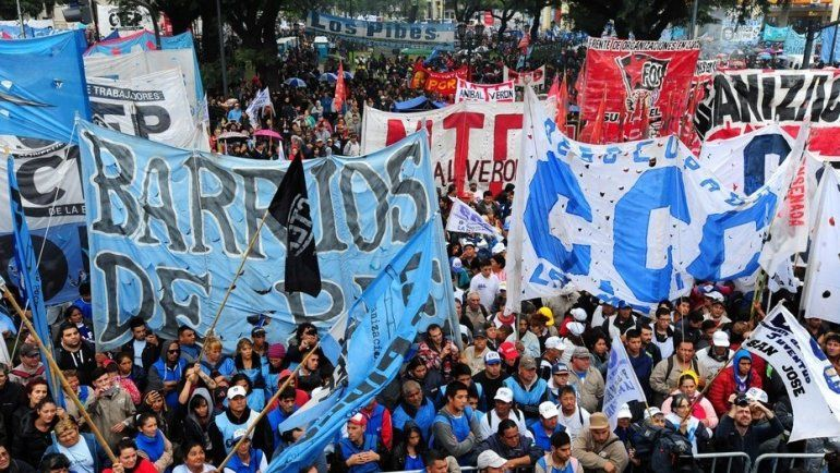 Con tres actos, la izquierda, las organizaciones sociales y la CGT celebran el 1 de mayo