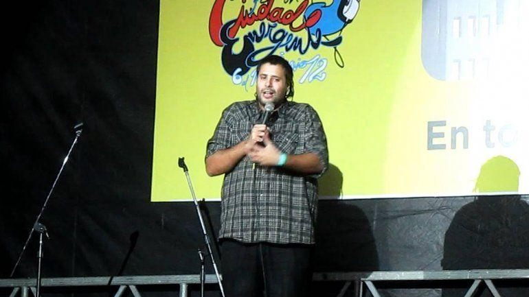 Nicolás Biffi llega con su beso virtual a Jujuy para hacernos reír con su espectáculo