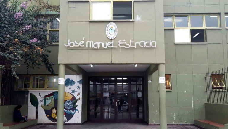 Entraron, destrozaron y robaron en la Escuela José Manuel Estrada de Perico