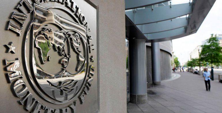Dujovne llega a Washington para negociar las condiciones del préstamo del FMI