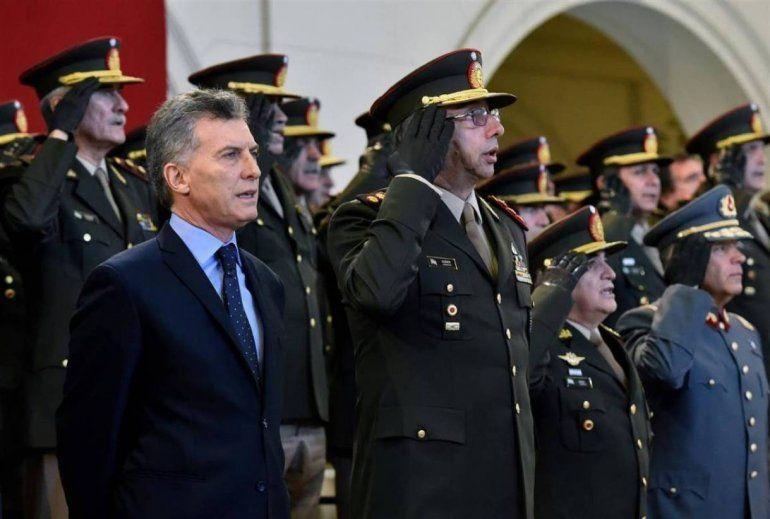 El Gobierno frenólos gastos en compra de equipamiento para las Fuerzas Armadas