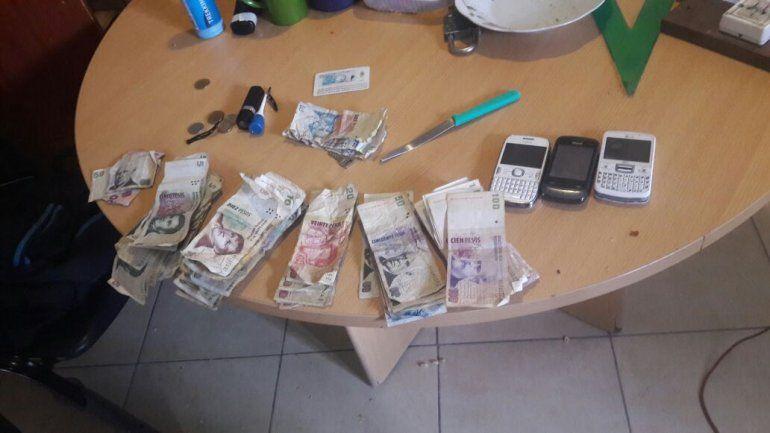Armados por las calles: Detuvieron a 27 personas y secuestraron drogas y cuchillos
