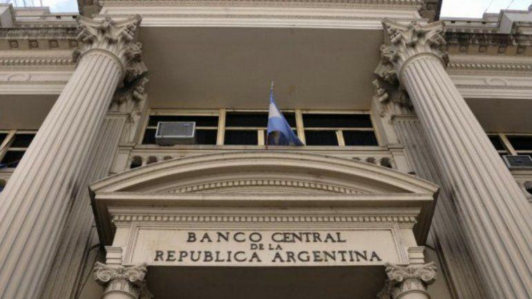 El Banco Central vuelve a intervenir para contener la suba del dólar