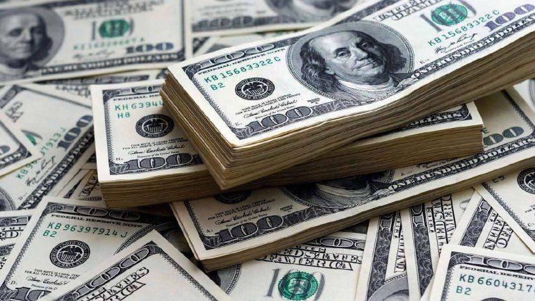 Tras el supermartes, el dólar baja sin la intervención del Banco Central