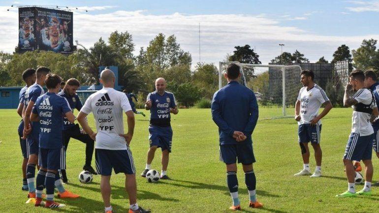 Jorge Sampaoli ya tiene a varios de su lista entrenando en Ezeiza