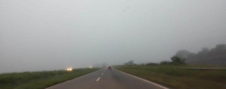 Mucha niebla en las rutas: recomiendan circular con extrema precaución