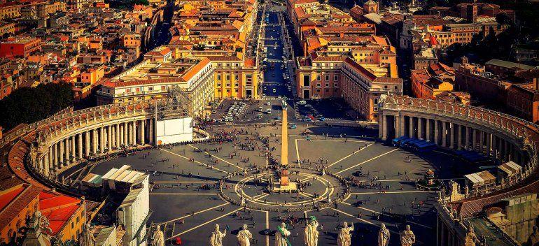 En un documento, el Vaticano criticó las offshore y el excesivo endeudamiento
