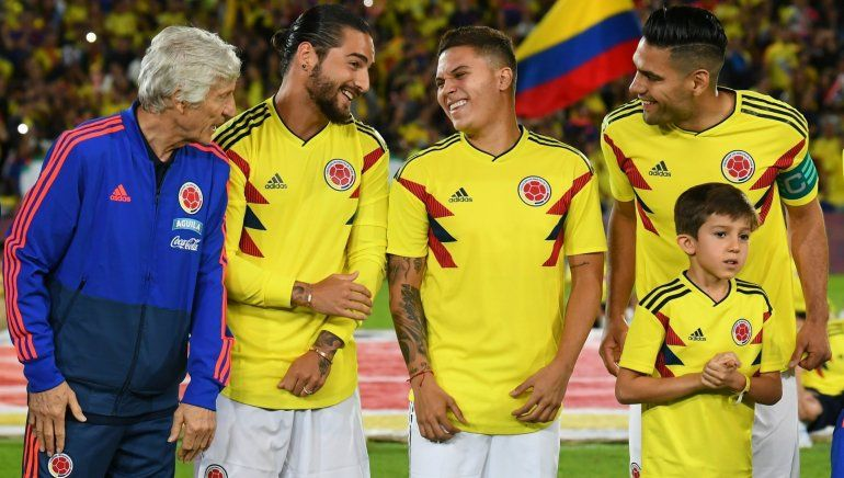 La Selección de Colombia se despidió a pura fiesta de la mano de Maluma