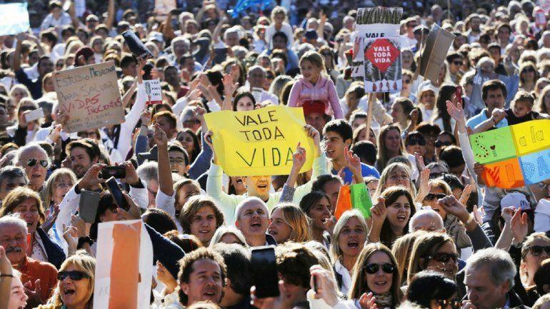 Debate por el aborto: gestión de las organizaciones a favor de la vida en el Congreso