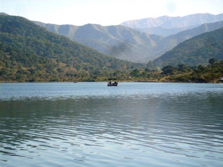 Encuentran un cuerpo en el canal que conecta los diques La Ciénaga y Las Maderas